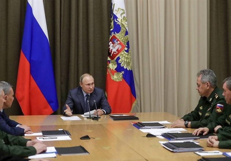 پوتین: علاقه ای به شروع مسابقه تسلیحاتی نداریم، بدون پیش شرط حاضر به تمدید پیمان استارت-3 هستیم